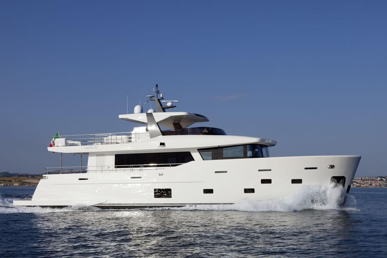 Yolo Yacht Nauta Air 111