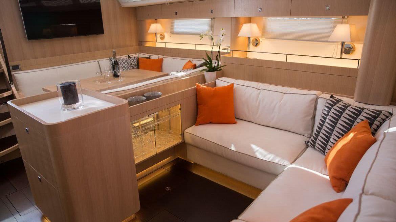 Amel 64 Interior
