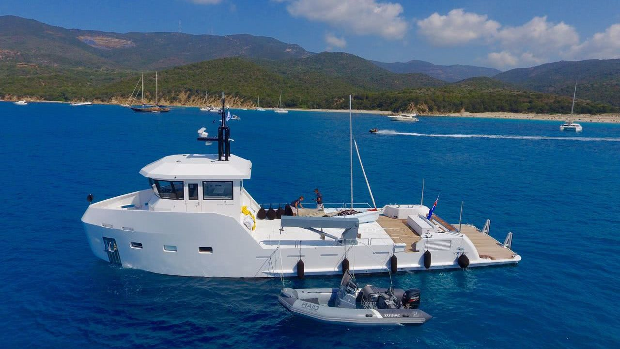Yacht Support Vessel YXT 20