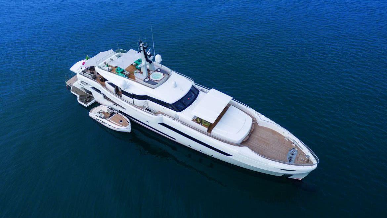Wider 150 Bartali Hybrid Yacht