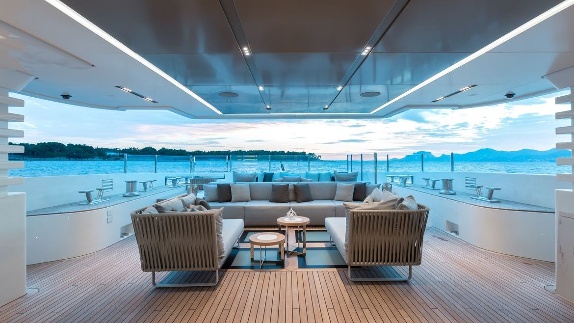 Ouranos Yacht Admiral Yachts