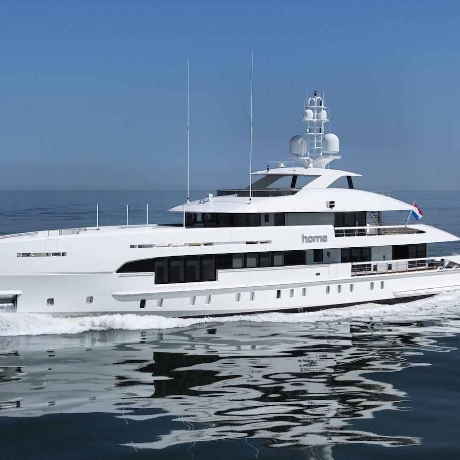 Home Yacht Heesen