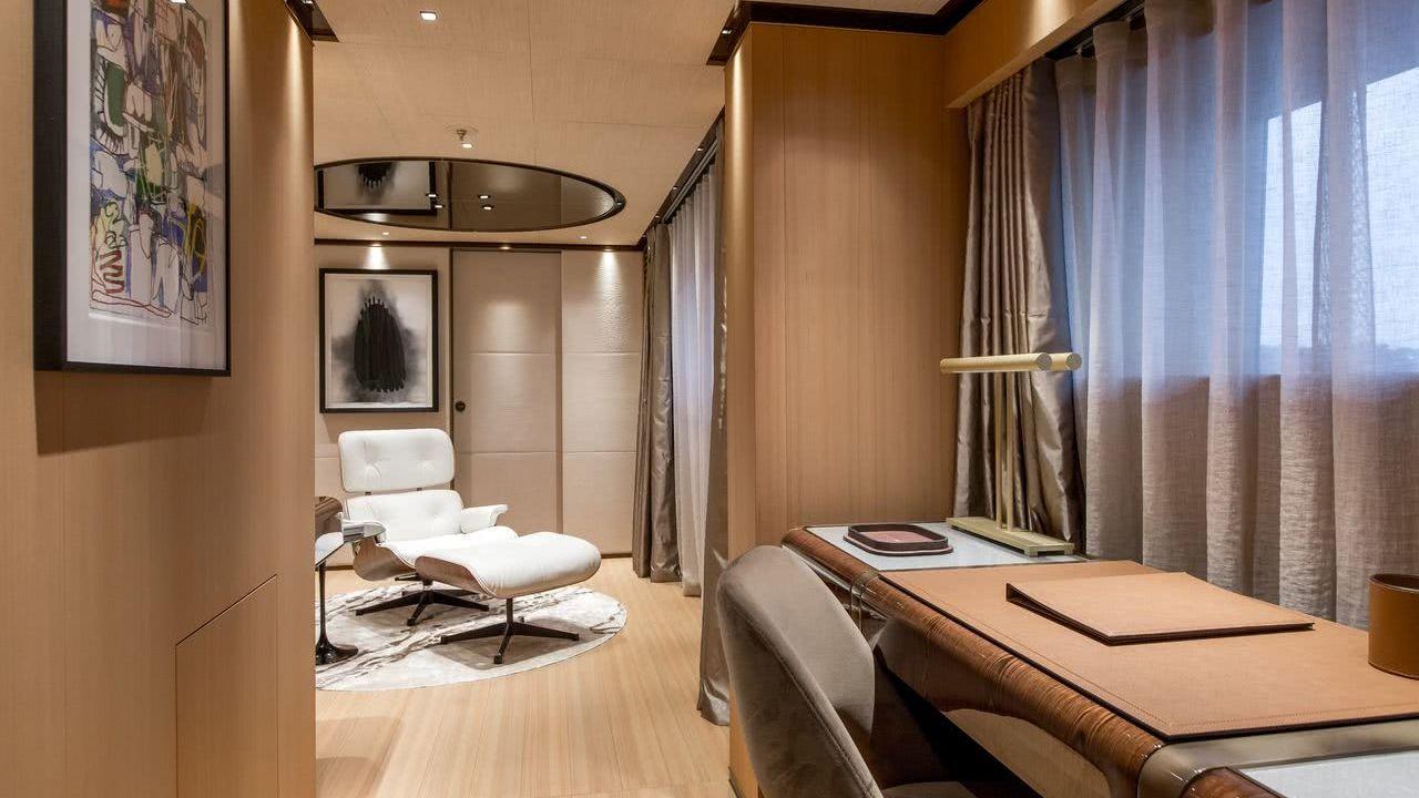 Vertige Yacht Interior Tankoa S501