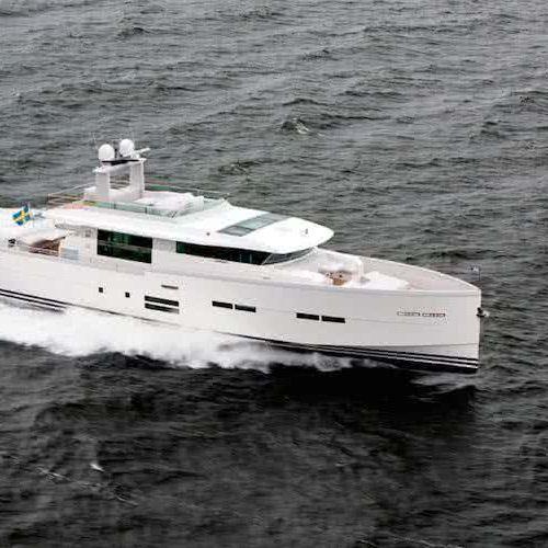 Delta 88 IPS Yacht