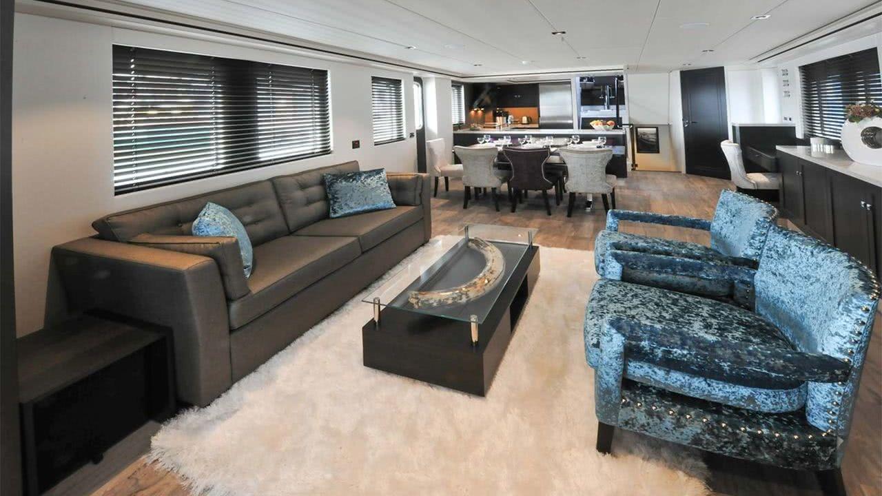 Motor Yacht Livingstone Hartman Yachts Interior