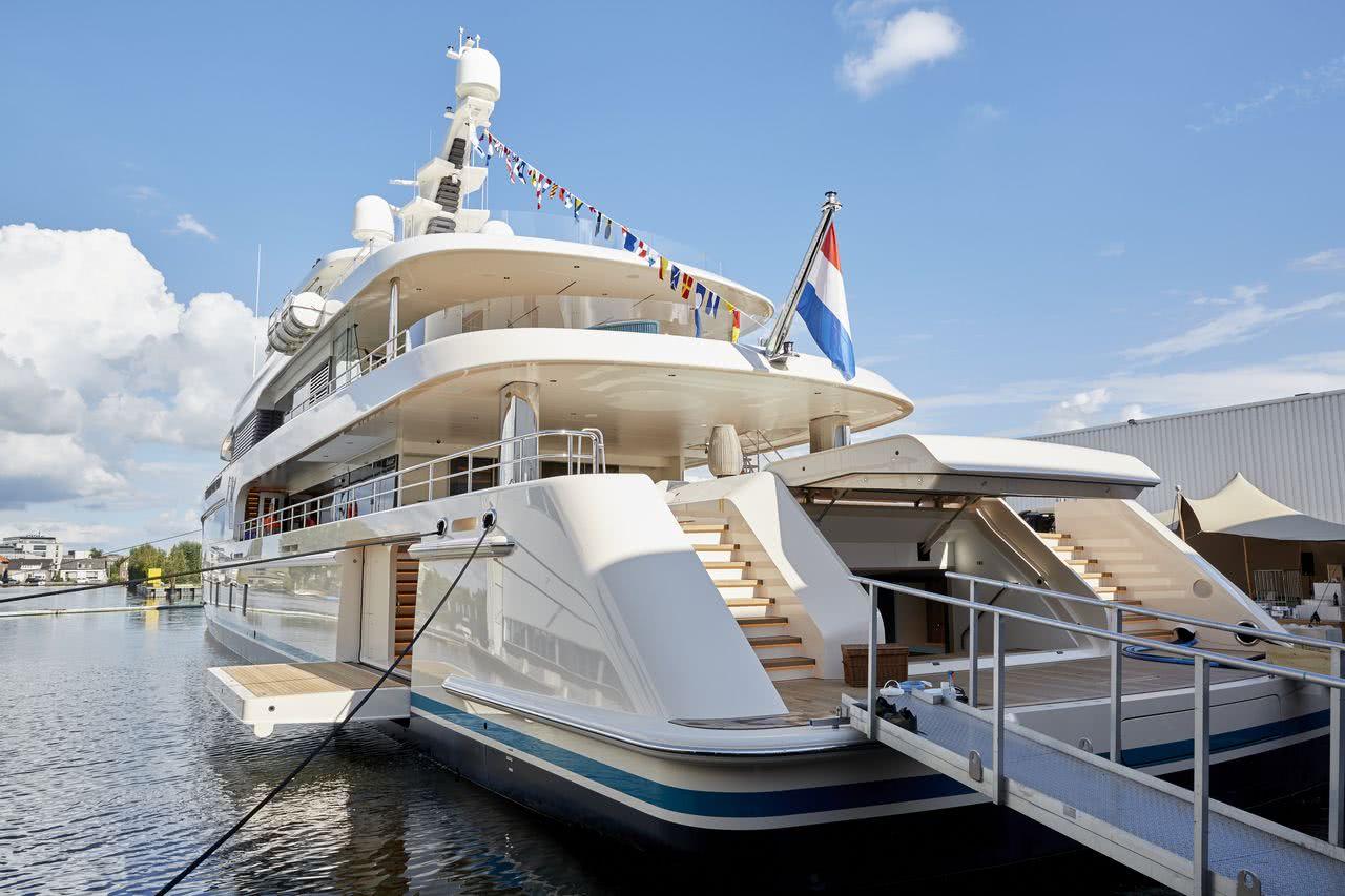 Samaya Feadship Motor Yacht