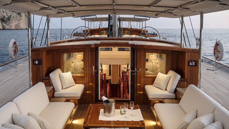 Sailing Yacht AQUARIUS Royal Huisman Owner Cockpit
