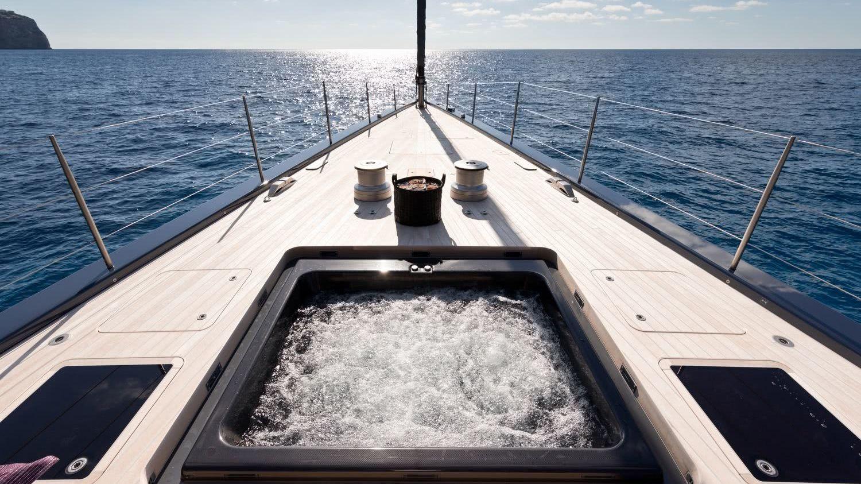 Pool Sailing Yacht Ngoni Royal Huisman