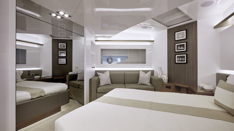 Motor Yacht Pearl 80 Interior