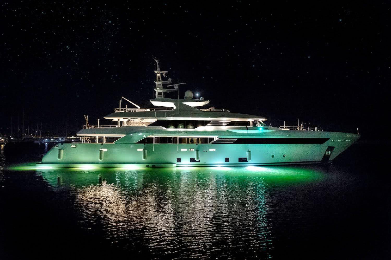 Motor Yacht Latona CRN