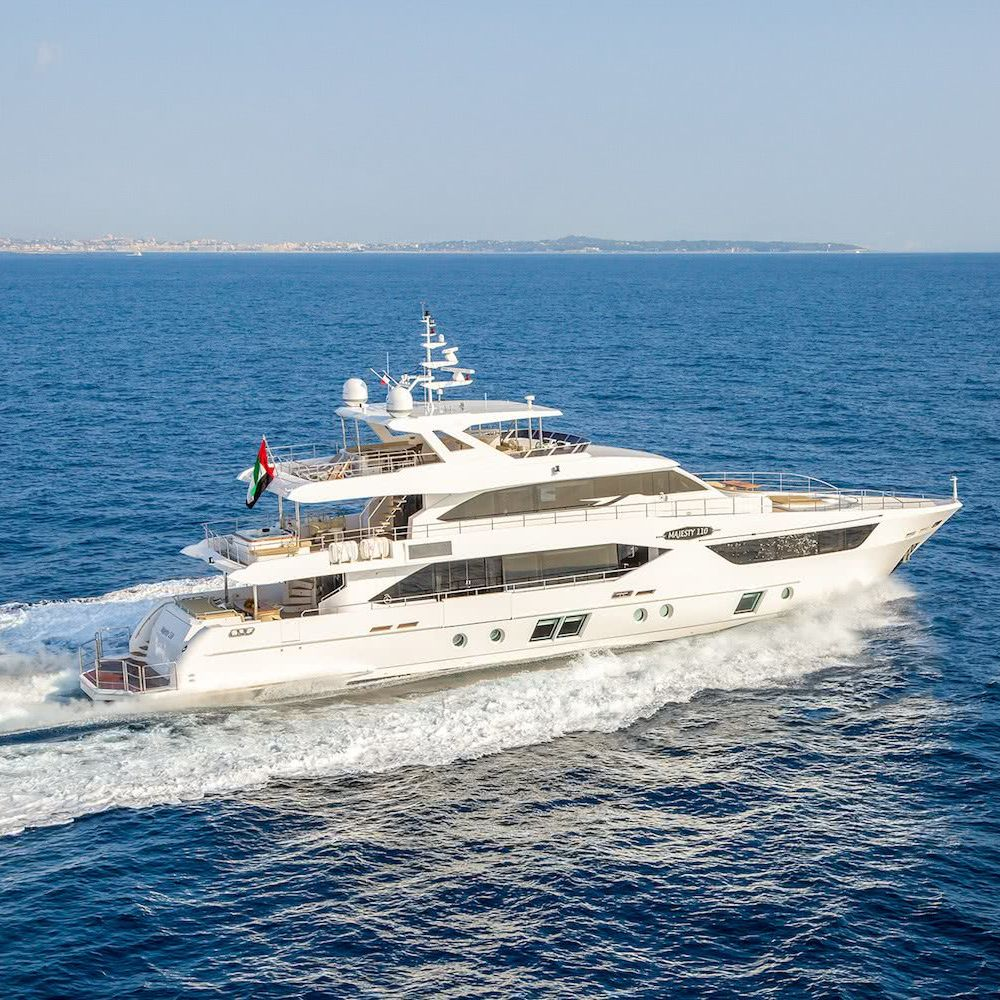 Majesty 110 Motor Yacht Gulf Craft