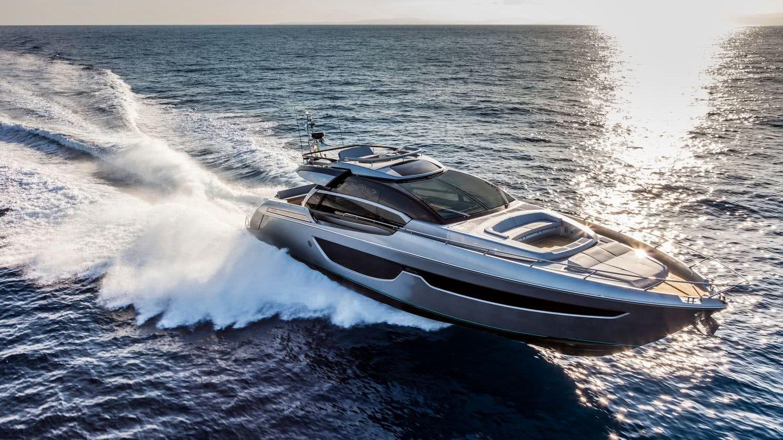 Riva 76 Perseo Motor Yacht Officina Italiana Design