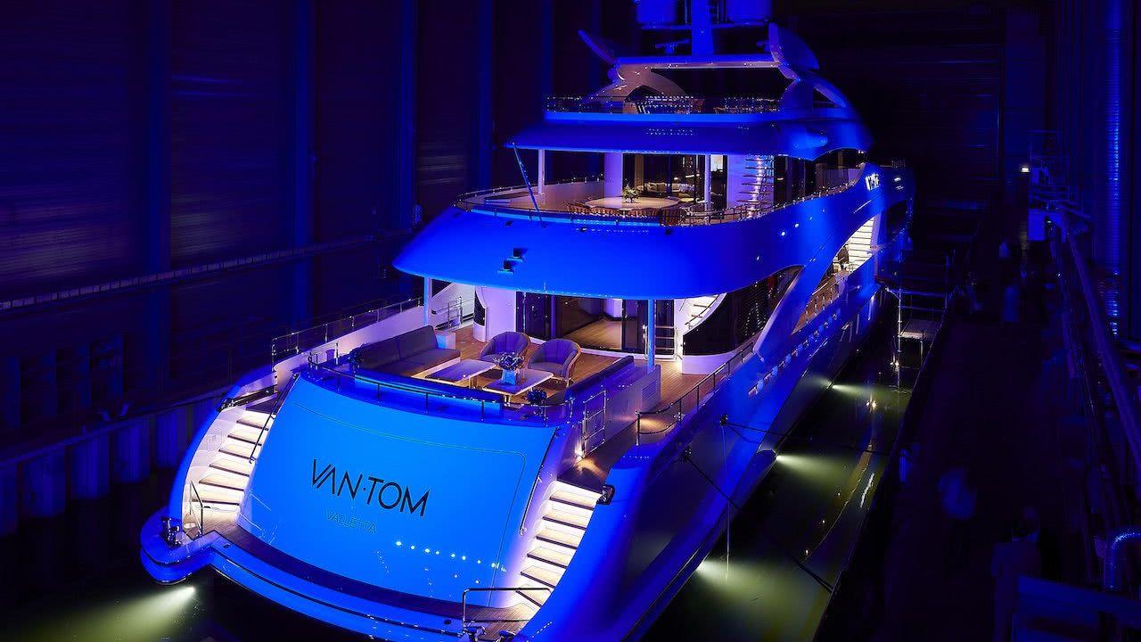 Motor Yacht VanTom Heesen Yachts