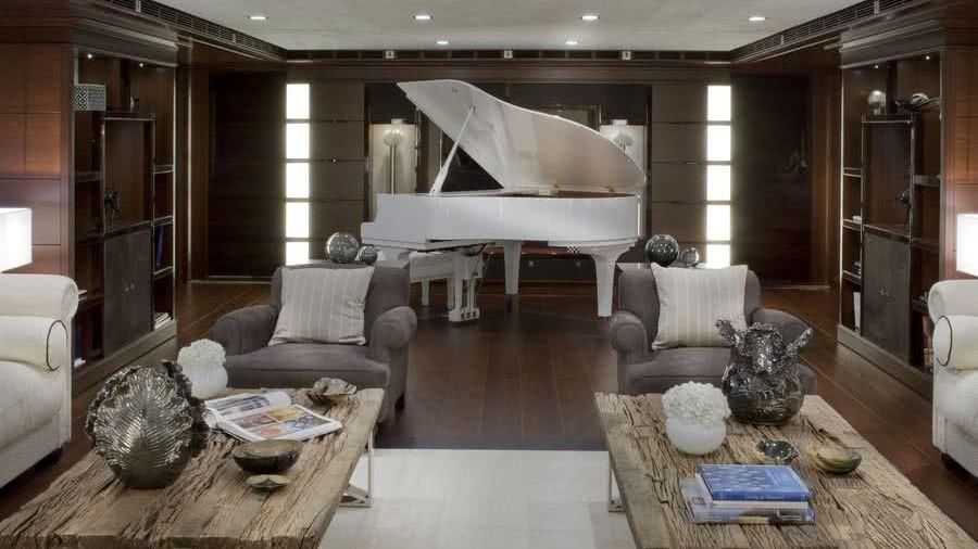 Yacht Piano J'ade CRN
