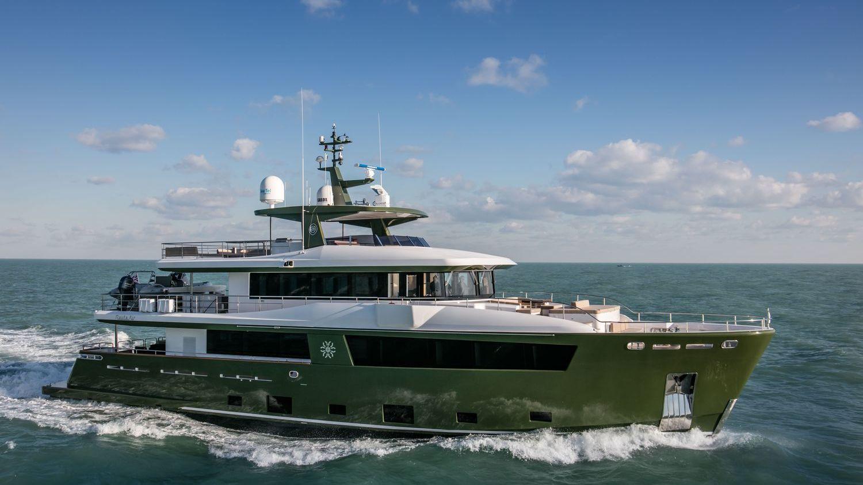 Hyhmä Motor Yacht Nauta Air 111