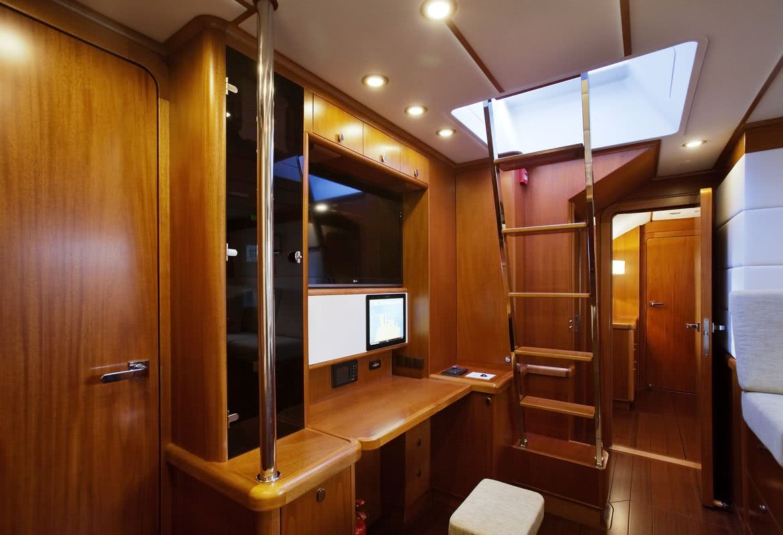 Child of Lir Swan 105 beiderbeck designs interior