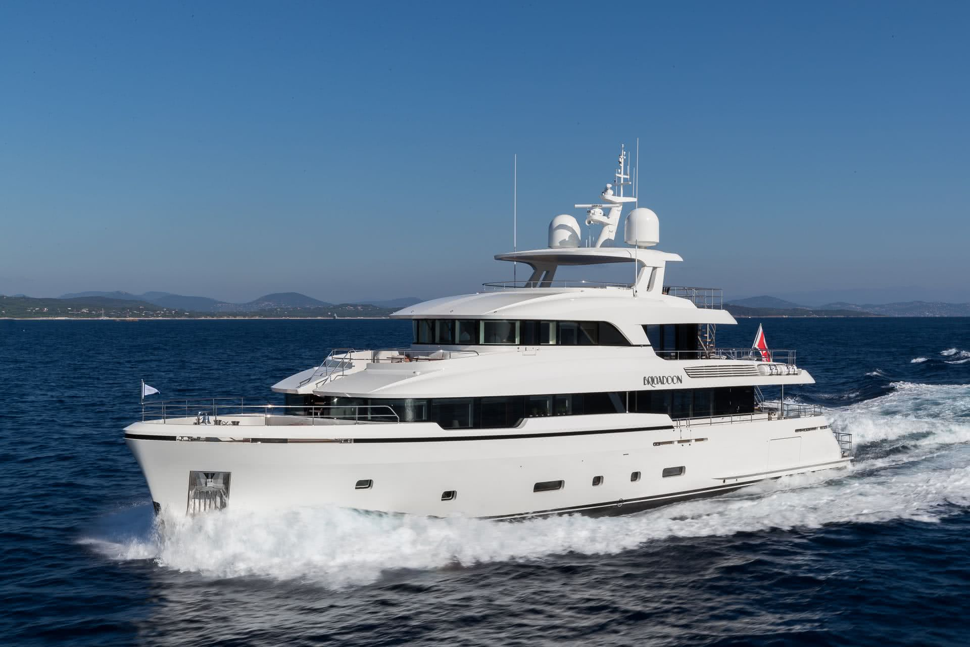 Motor Yacht Brigadoon Moonen Yachts