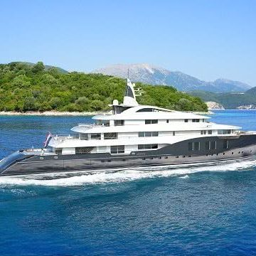 Motor Yacht ICON 280