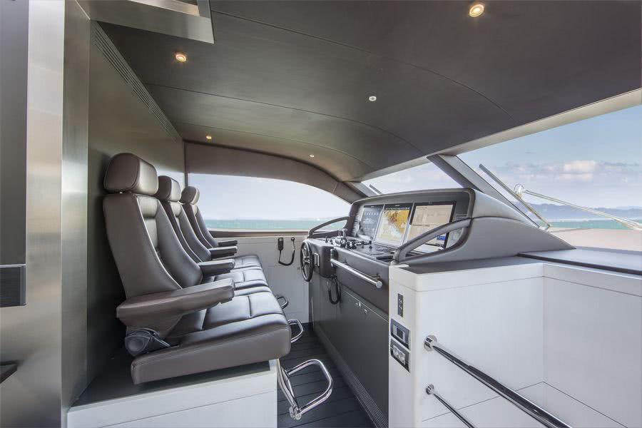 Nicostasia motor yacht interior van der valk