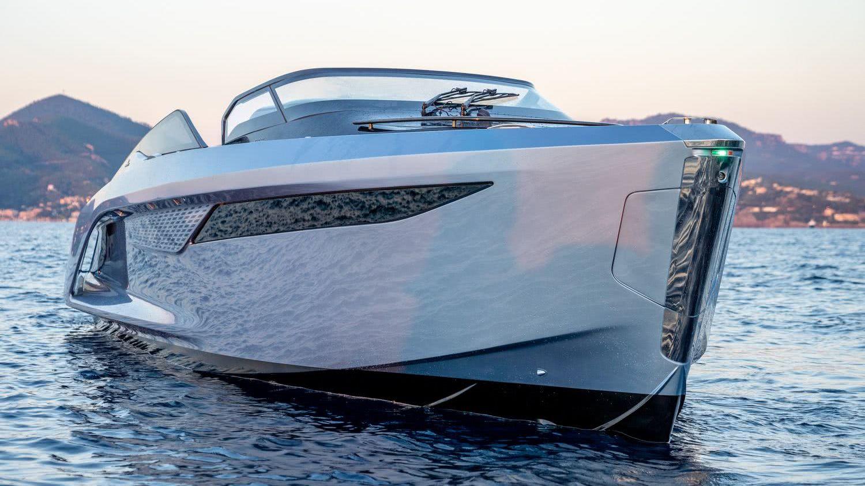 Princess R35 Motor Yacht
