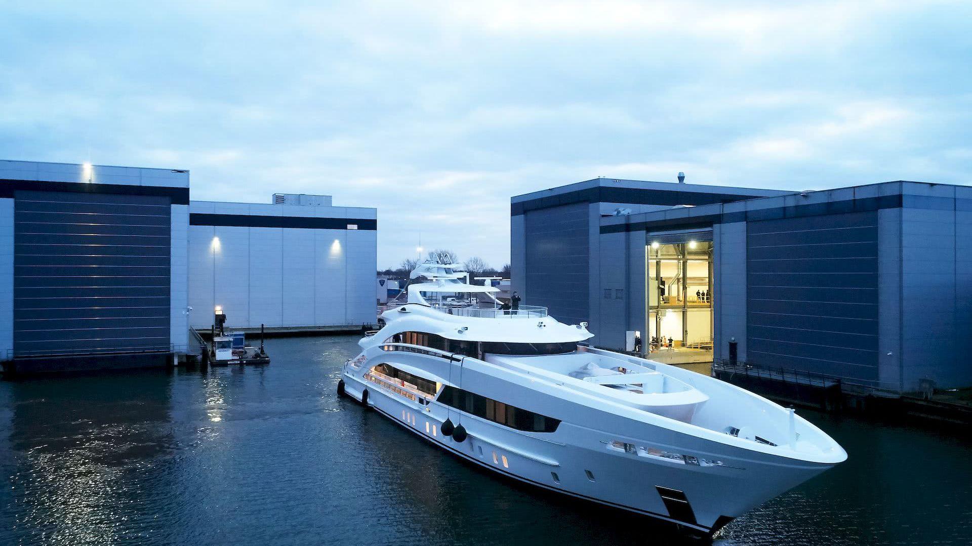 Triton Yacht Heesen Yachts