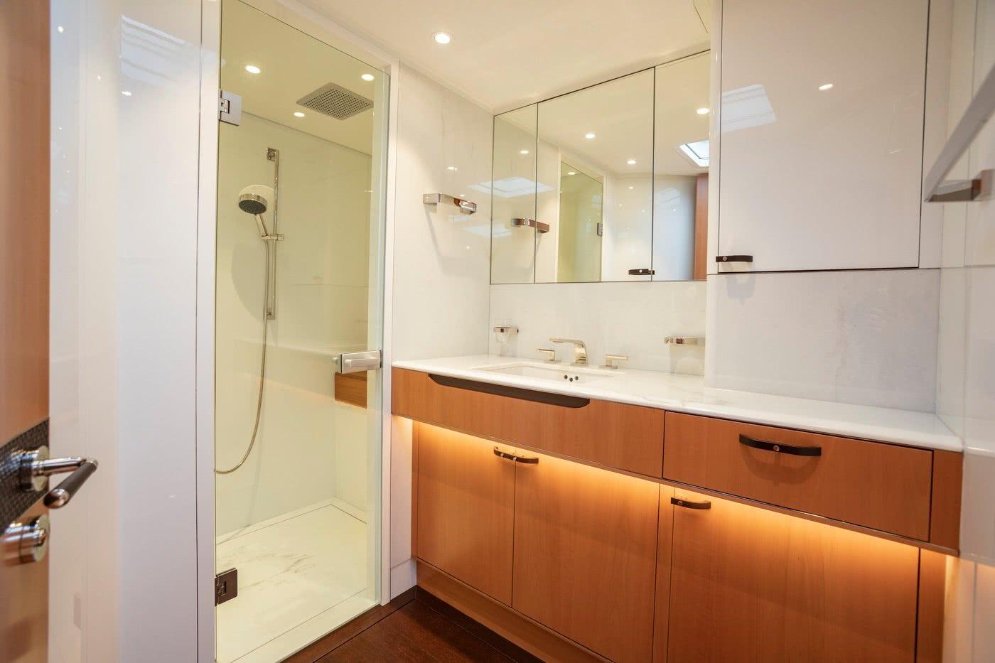 Baltic 85 Interior Bathroom