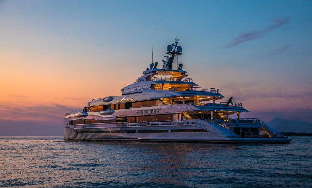 Benetti FB277 motor yacht LANA