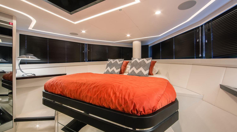 BeachClub 600 Motor Yacht Van der Valk Interior
