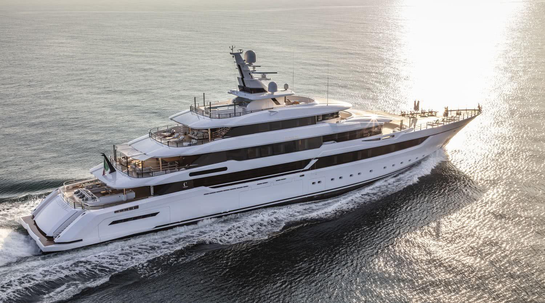 Dragon Yacht Columbus Yachts