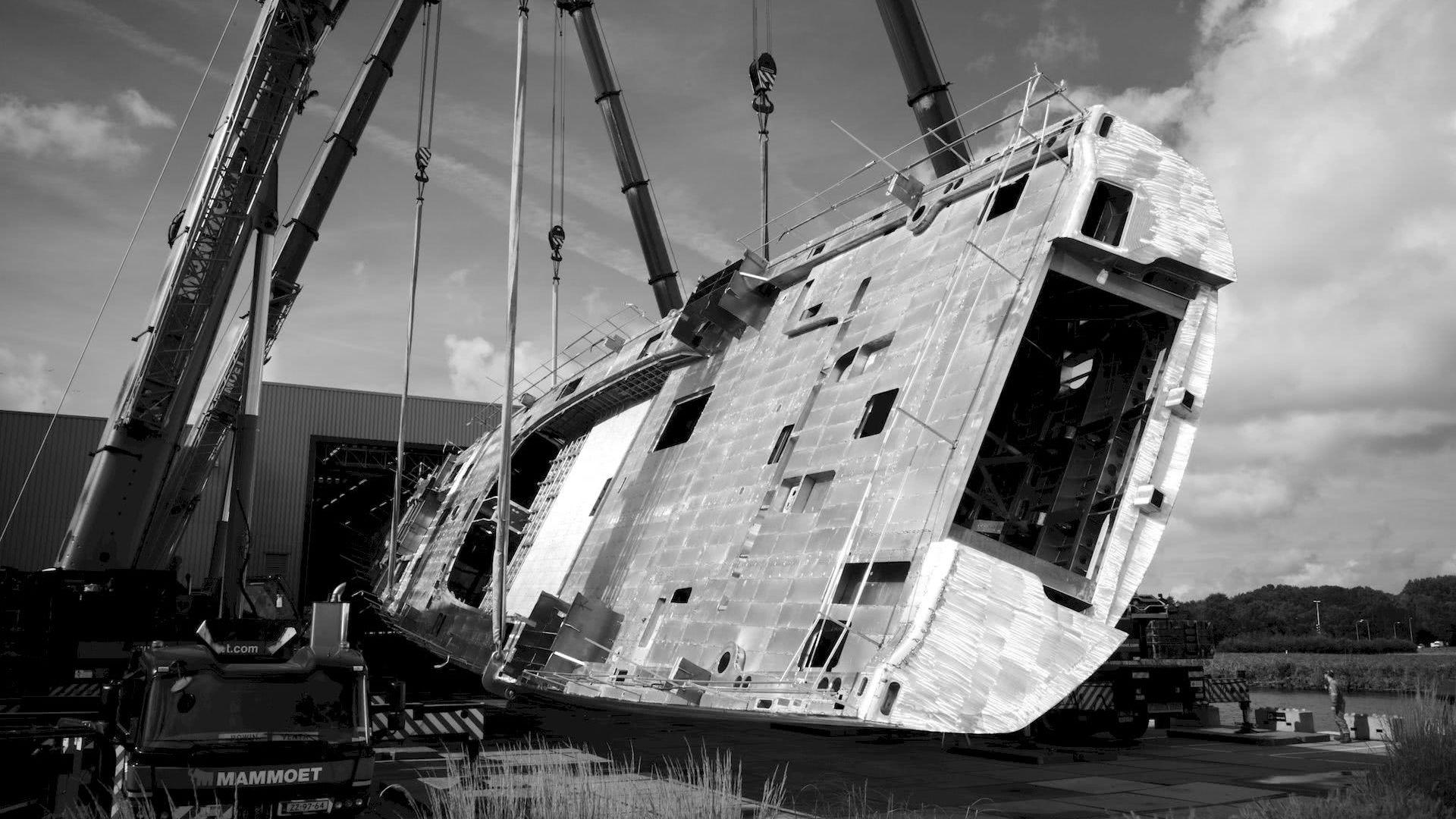 Project 404 Royal huisman Malcolm McKeon Yacht Design