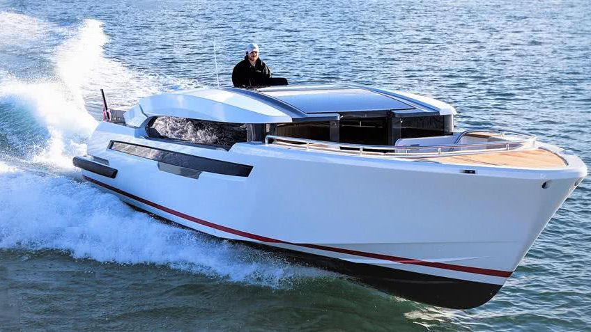 DreAMBoat Limo Tender Compass