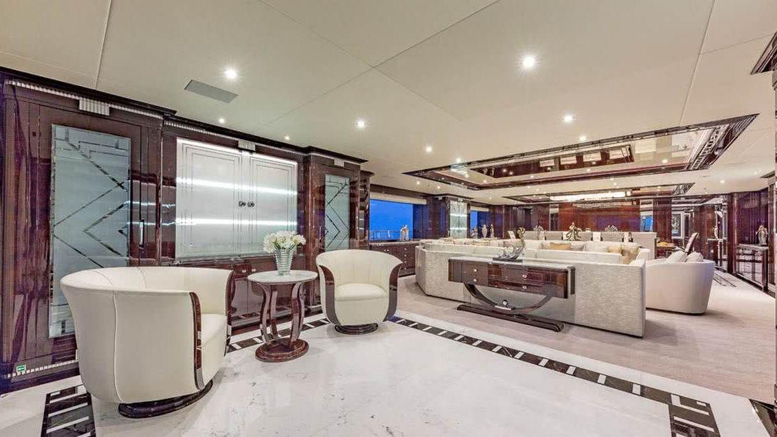 Specture Yacht Interior