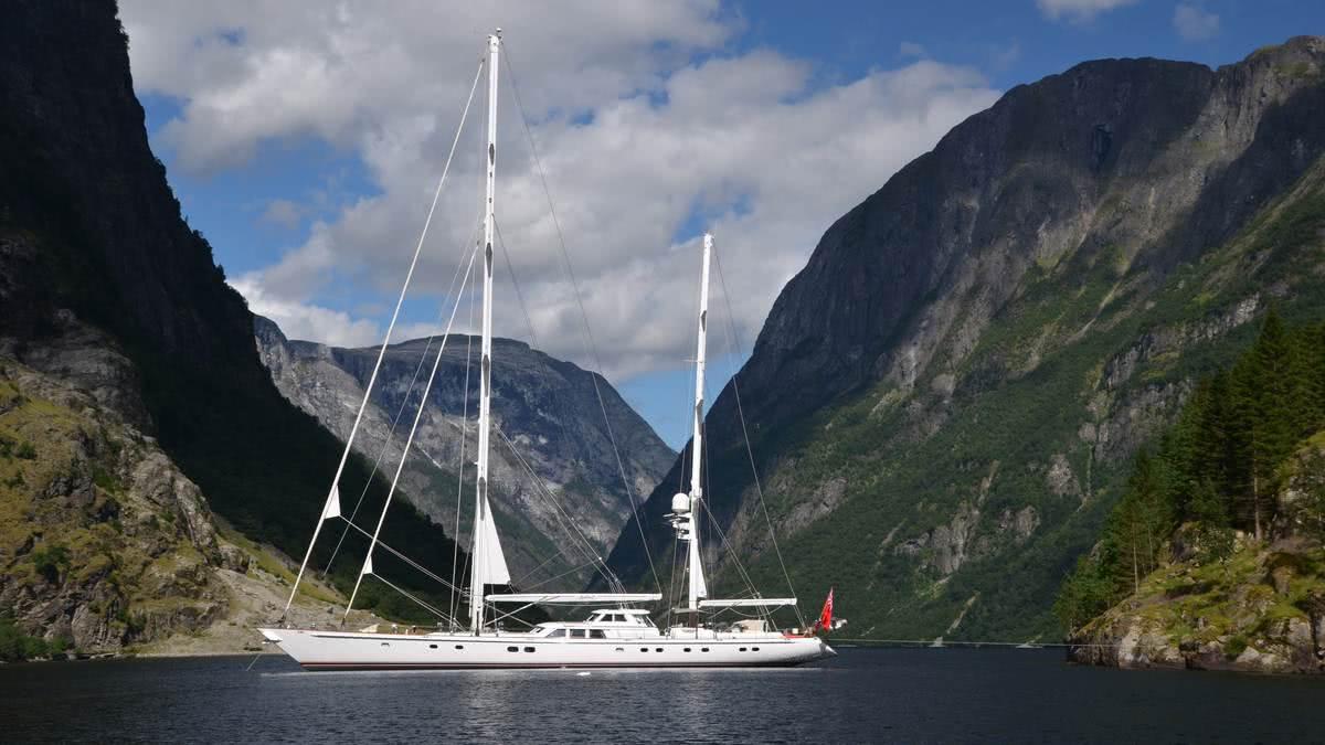 Sailing Yacht Juliet