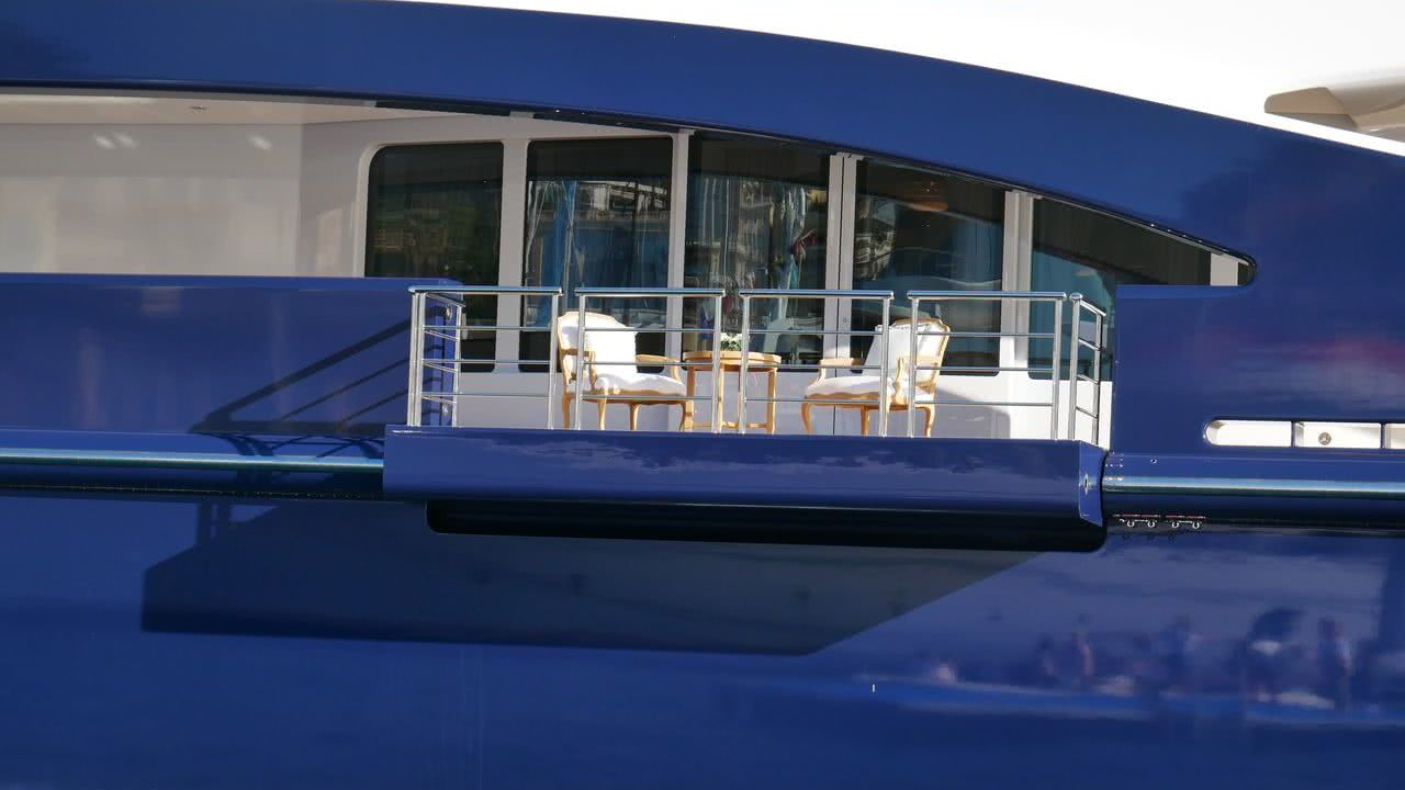 TIS Yacht Balcony