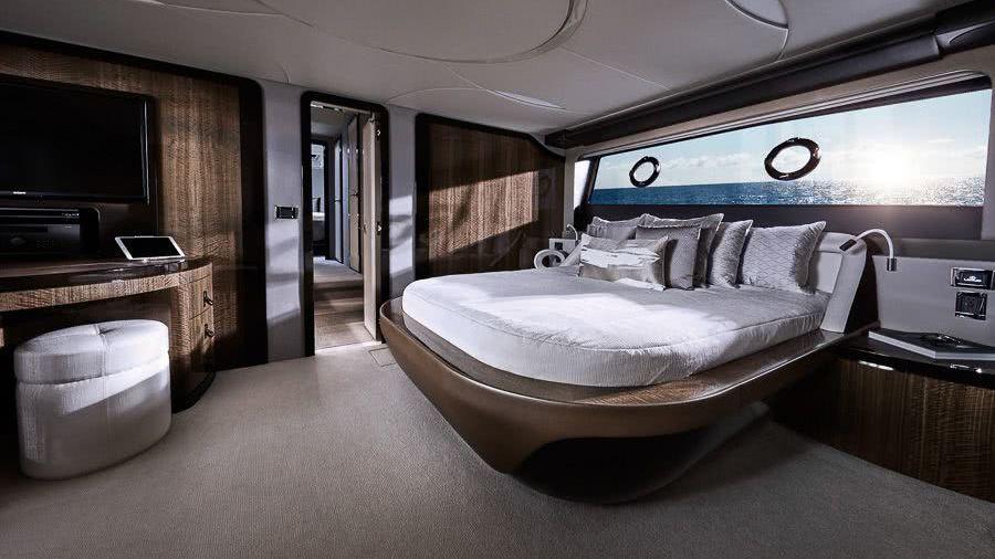 Lexus Yacht LY 650 Interior