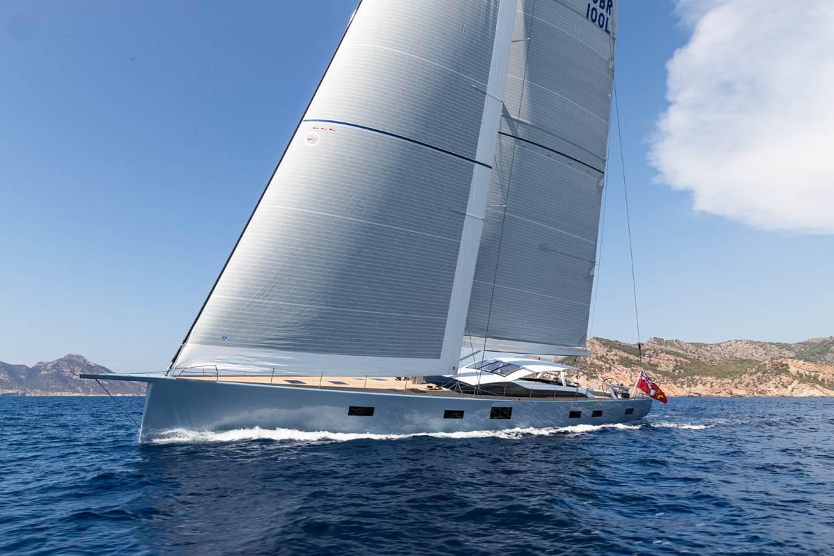 Liara Yacht