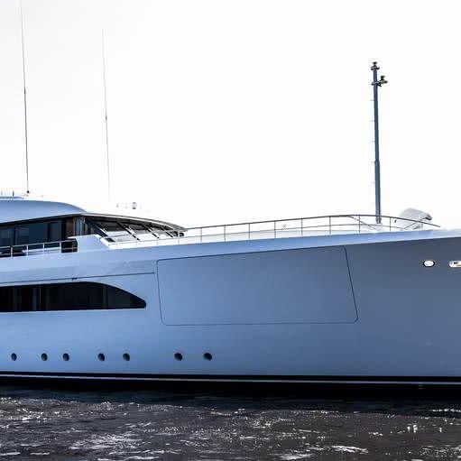 W Yacht Feadship