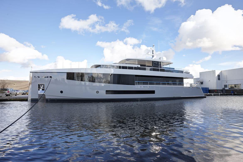 34m Feadship Yacht