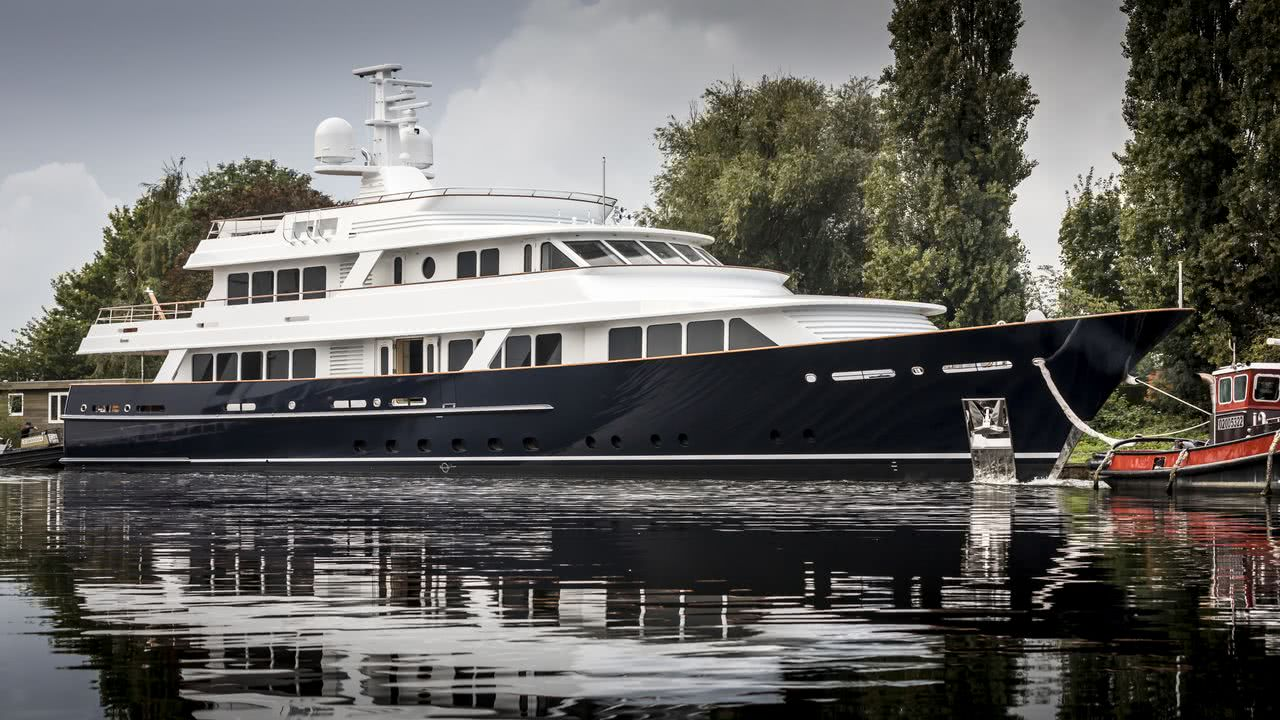 Femke Motor Yacht Feadship