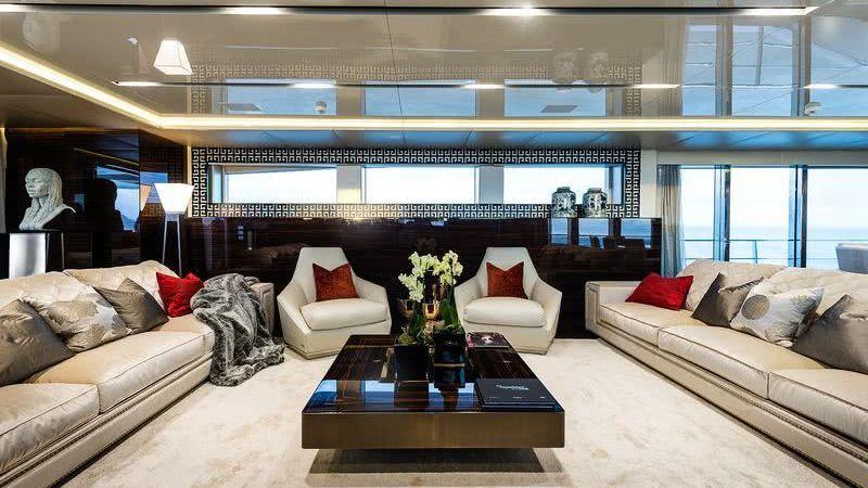 Flying Dragon Yacht Interior