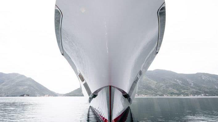 Galactica Super Nova Yacht Heesen