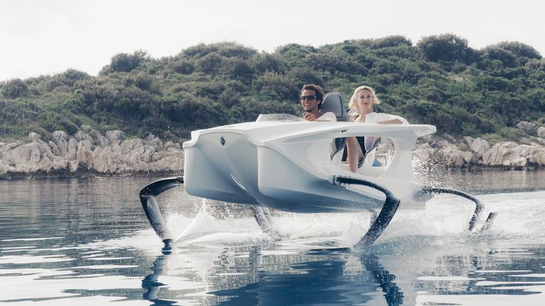 Quadrofoil Electric Superyacht Tender with Foils
