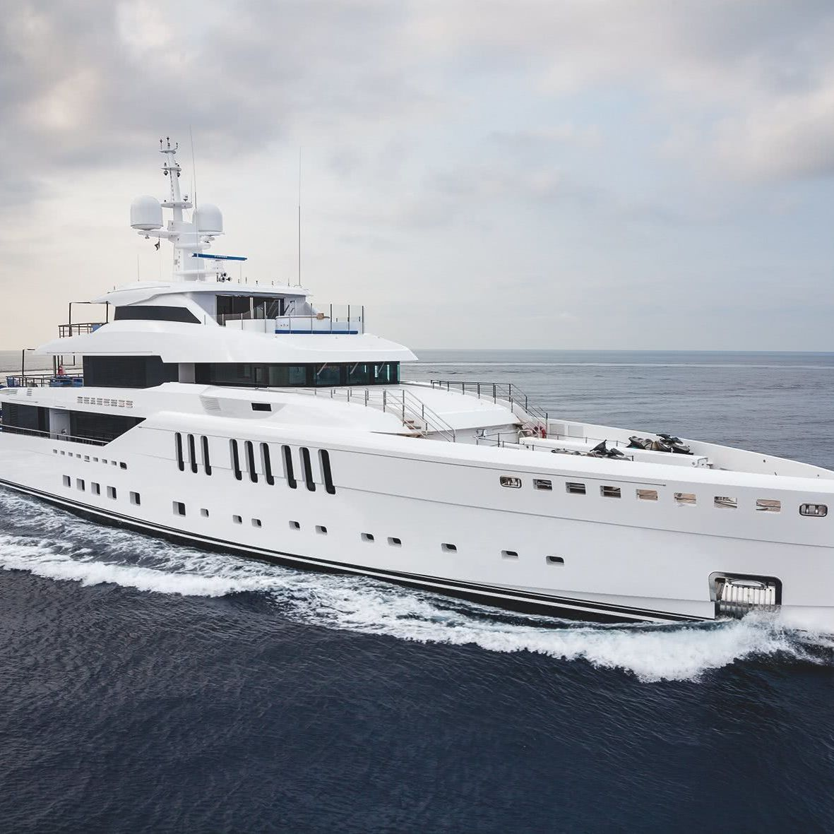 Seasense Yacht Benetti