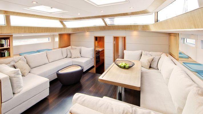Contest 72CS PH3 Yacht Interior