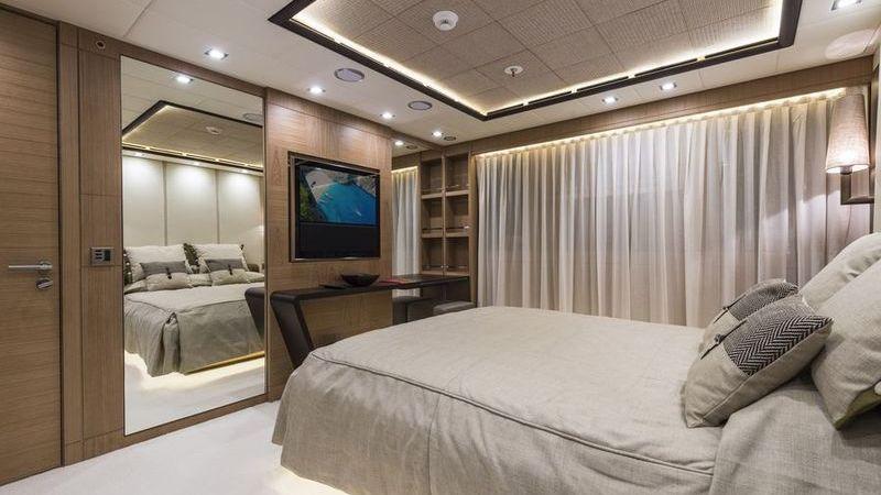 I-Nova Yacht Interior