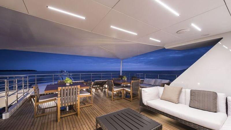 I-Nova Yacht Interior Sundeck