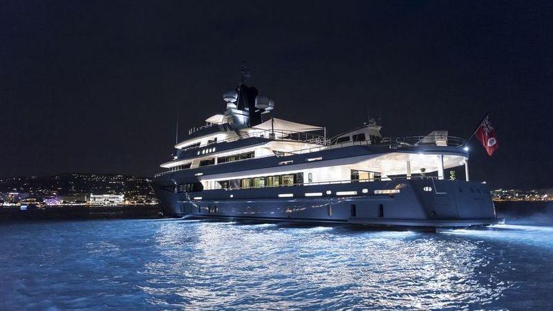 I-Nova Yacht