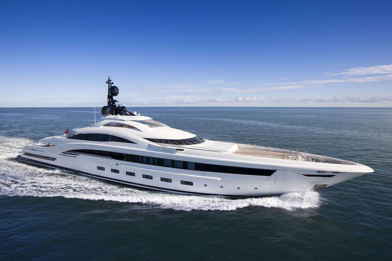 Yalla Yacht CRN