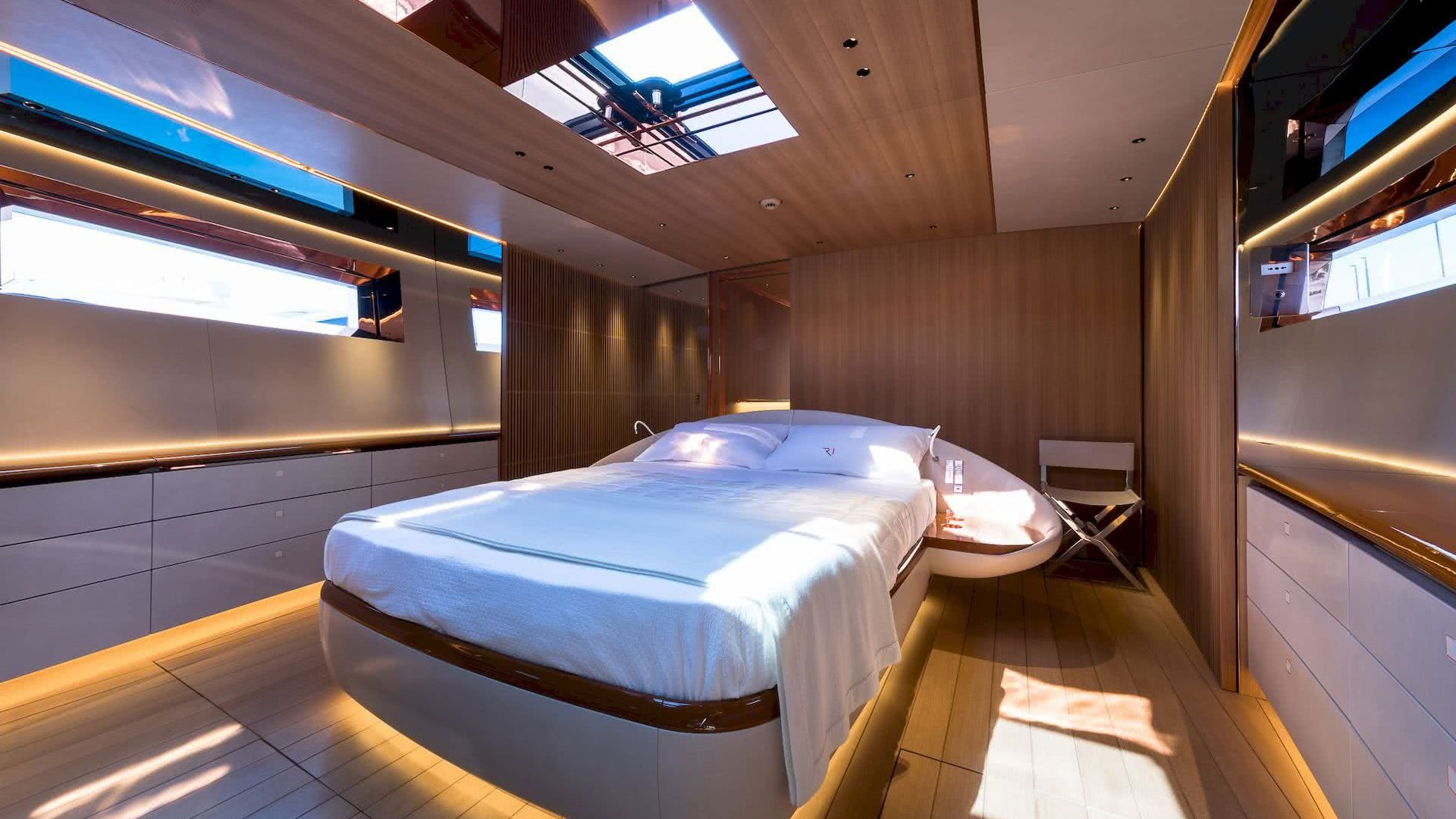 Ribelle Yacht Vitters Interior Cabin