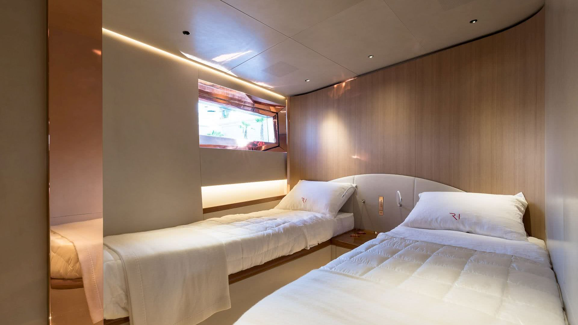 Ribelle Yacht Vitters Interior Guest Cabin